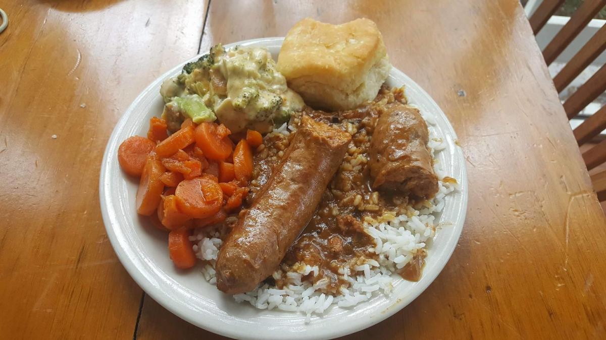 La Cuisine de Maman Plate Lunch