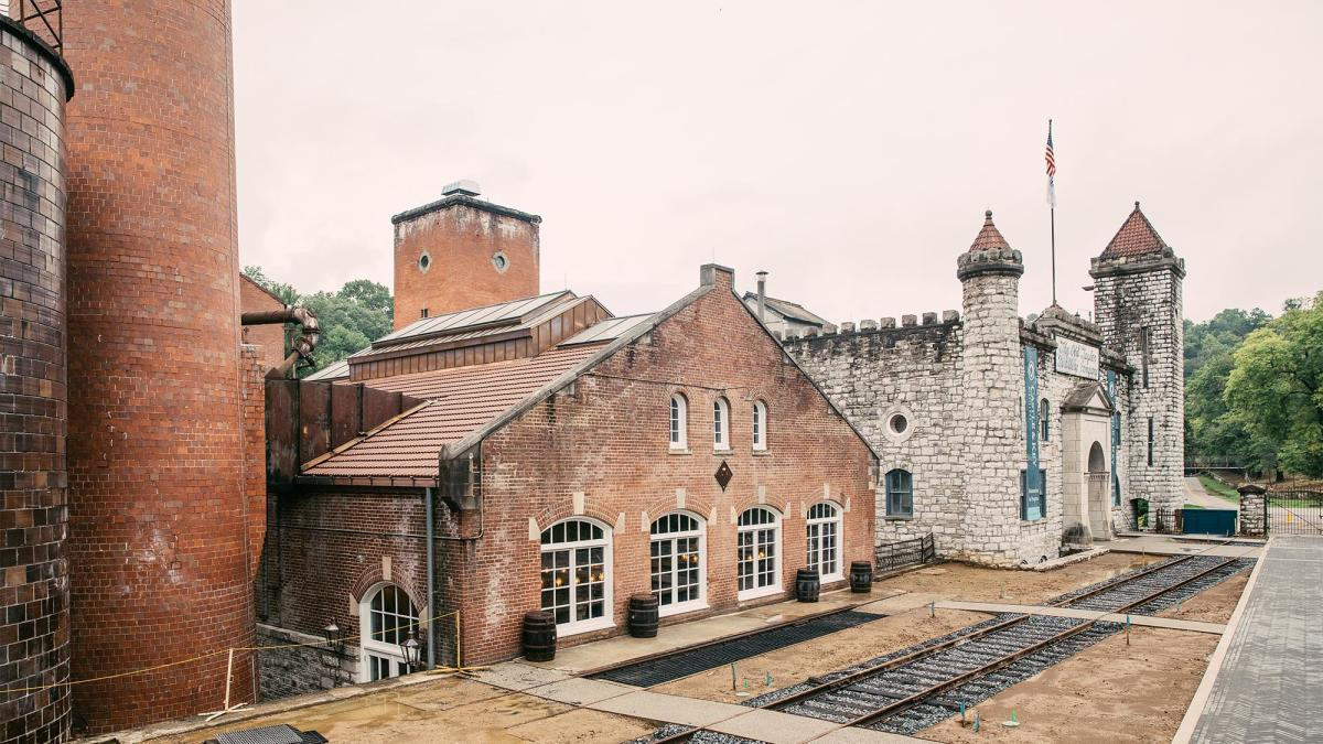 Castle-and-Key-Distillery-2sm-copy