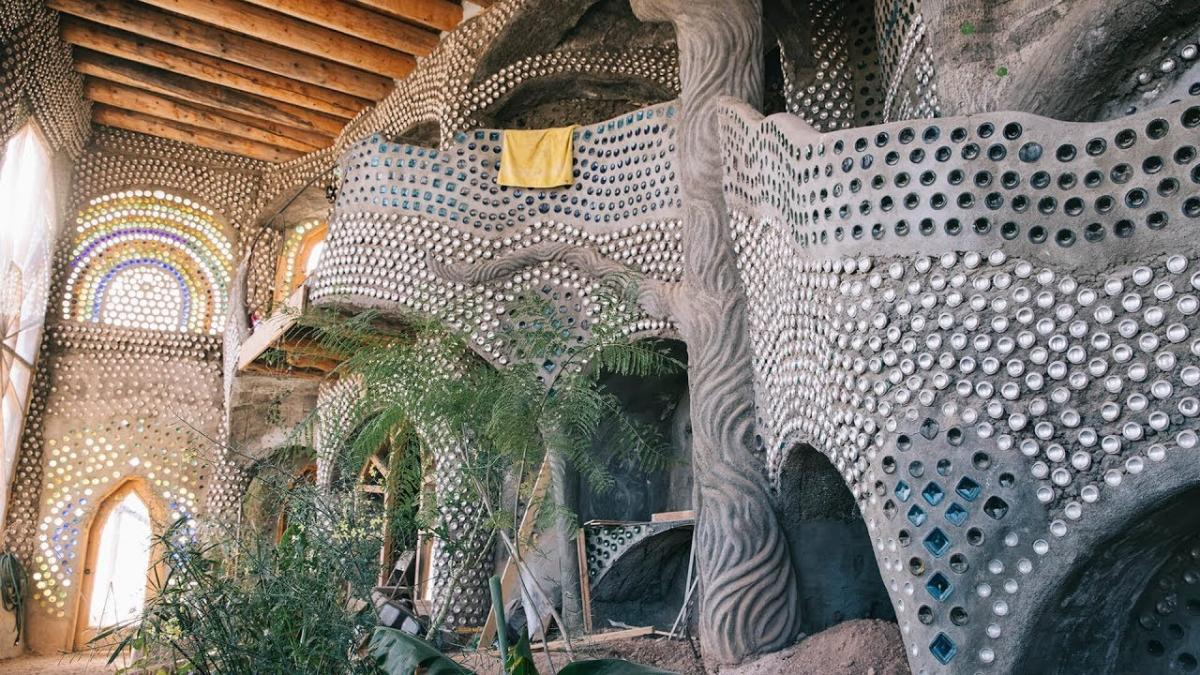 Video Thumbnail - youtube - Earthships - New Mexico True Stories