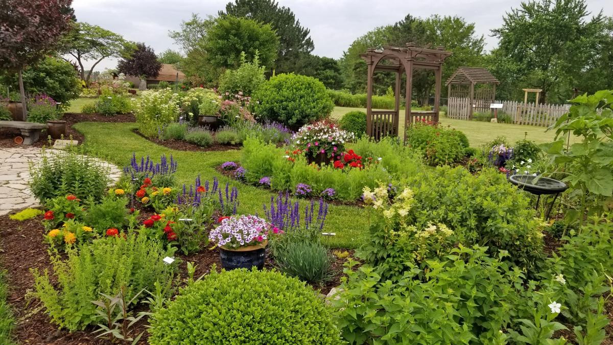 Visit BN Gardens
