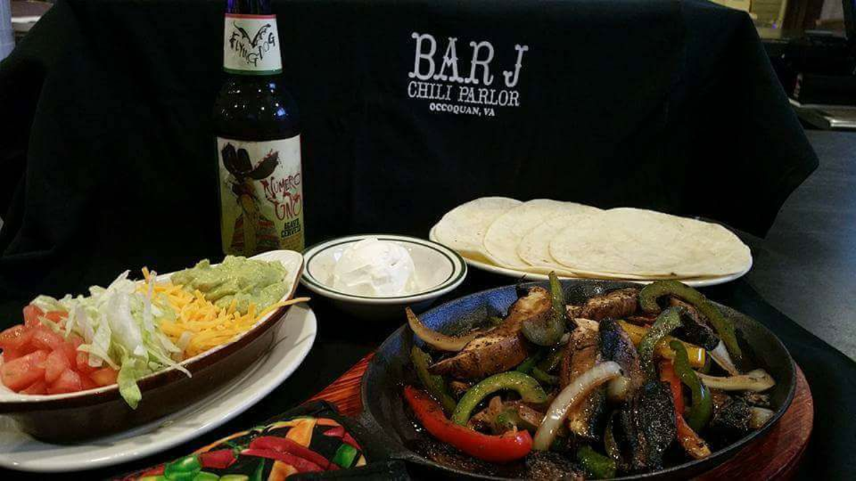 Bar J Chili Parlor Fajitas, beer and a tshirt
