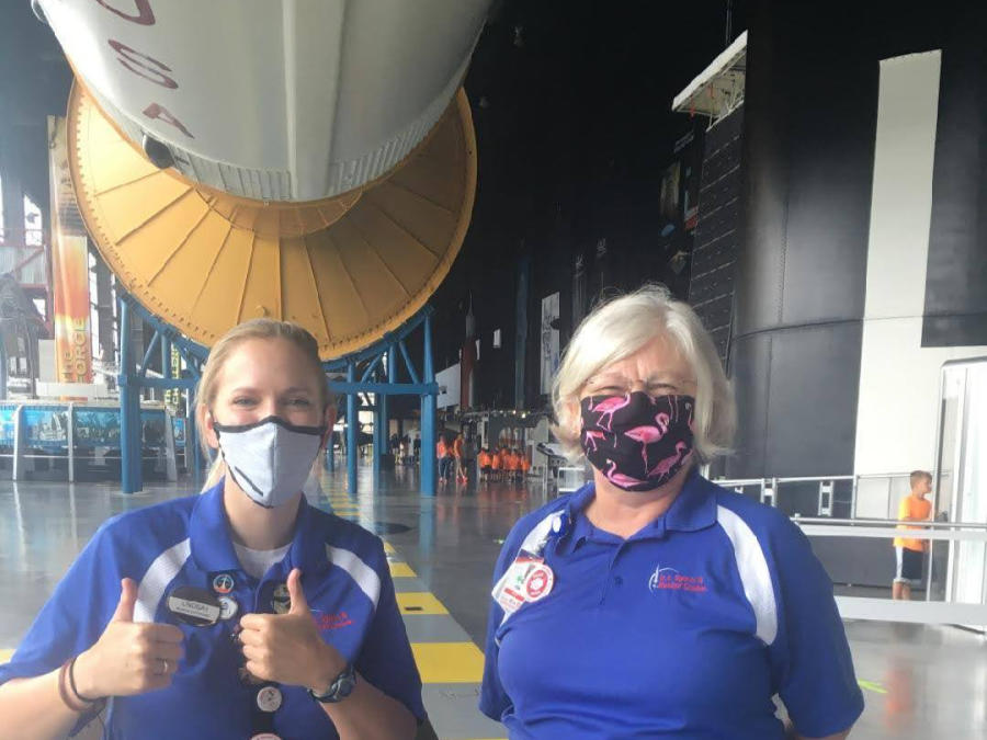 People At The Us Space & Rocket Center Wearing Masks