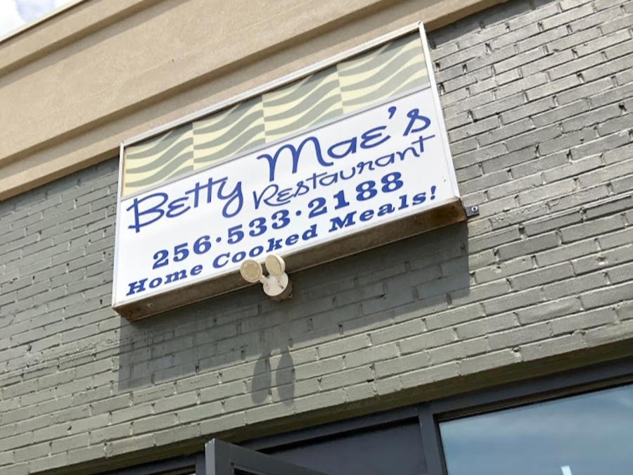 "The original sign for Betty Mae's Restaurant in Huntsville invites visitors to enjoy ""home cooked meals!"""