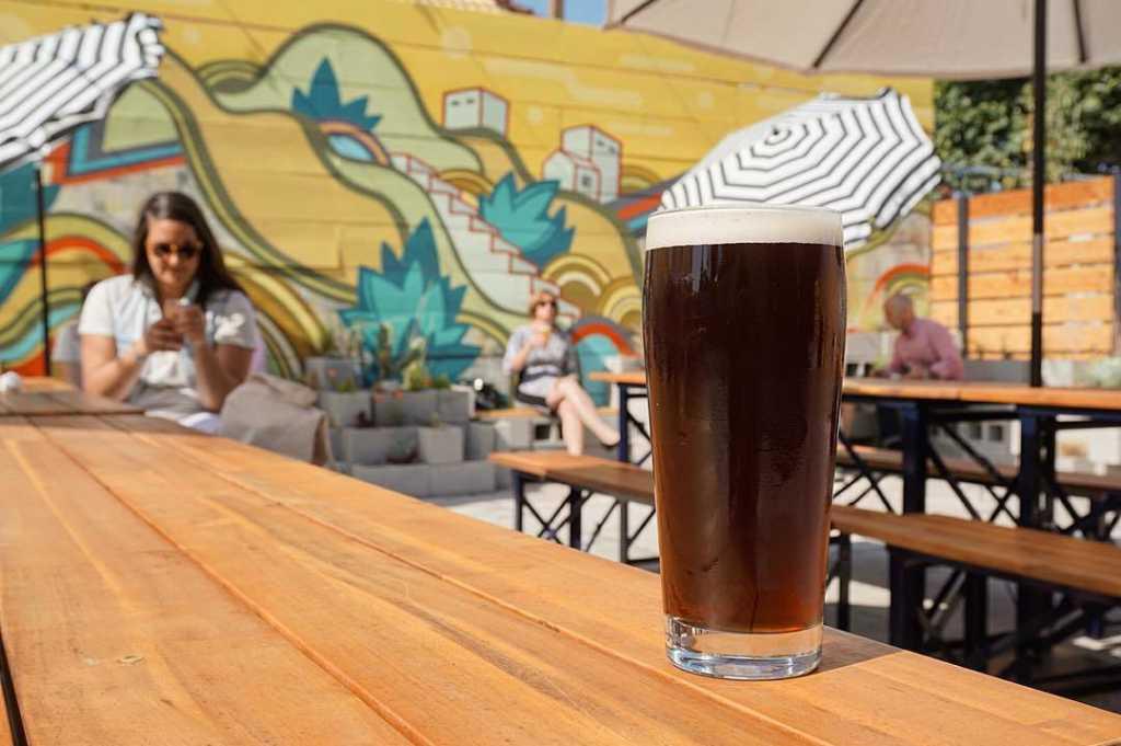 Temescal Brewing Beer Garden