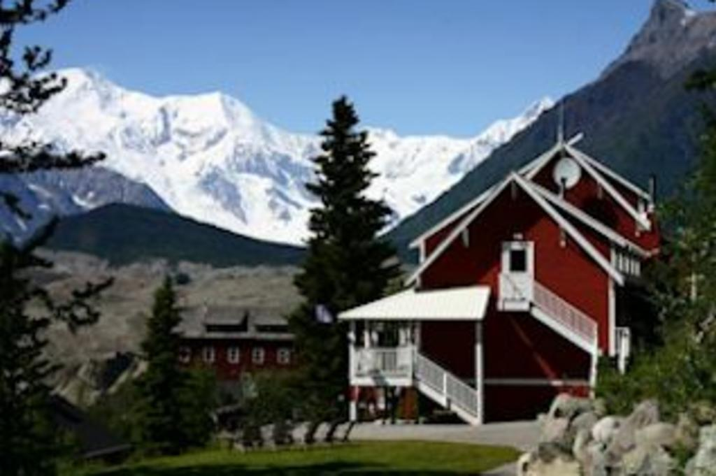 Kennicott Glacier Lodge.jpg