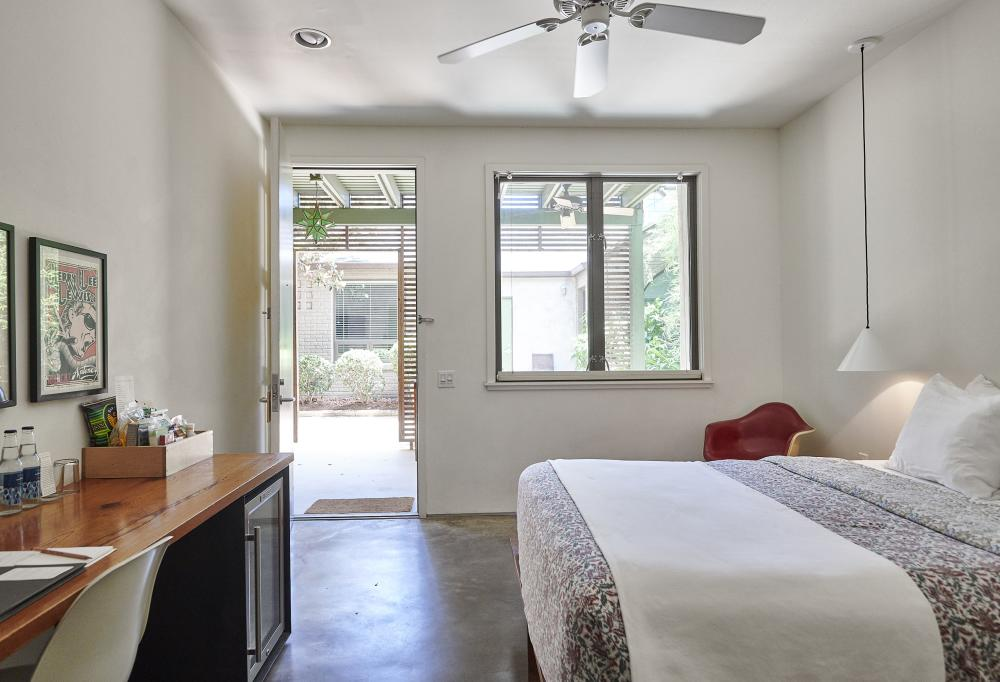 Hotel San Jose Room 42 Grand Standard in austin texas