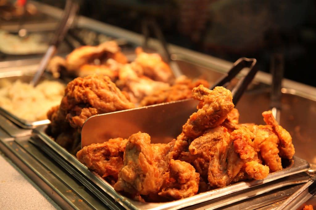 Caseys BBQ Buffet fried chicken