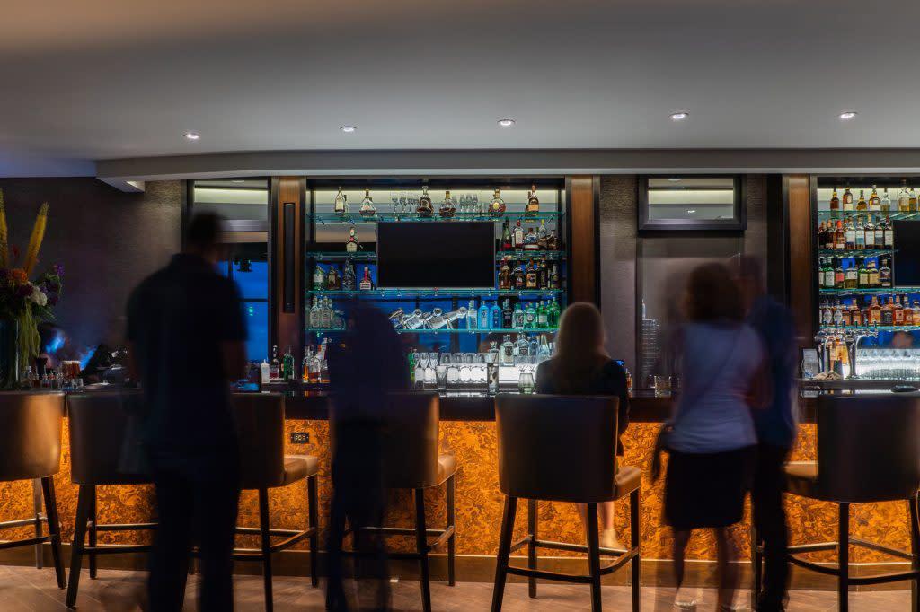 Interior Bar Ascend Prime Steak & Sushi