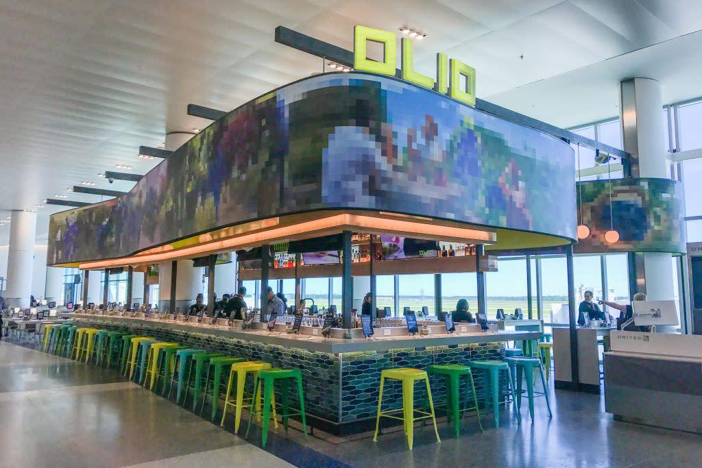 Olio Restaurant - IAH