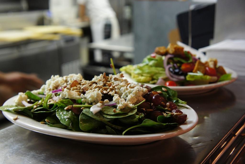 Pies & Pints Salad