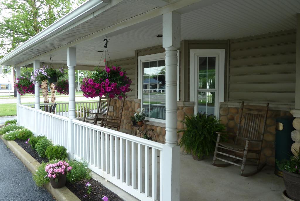 Hearthstone Inn Porch
