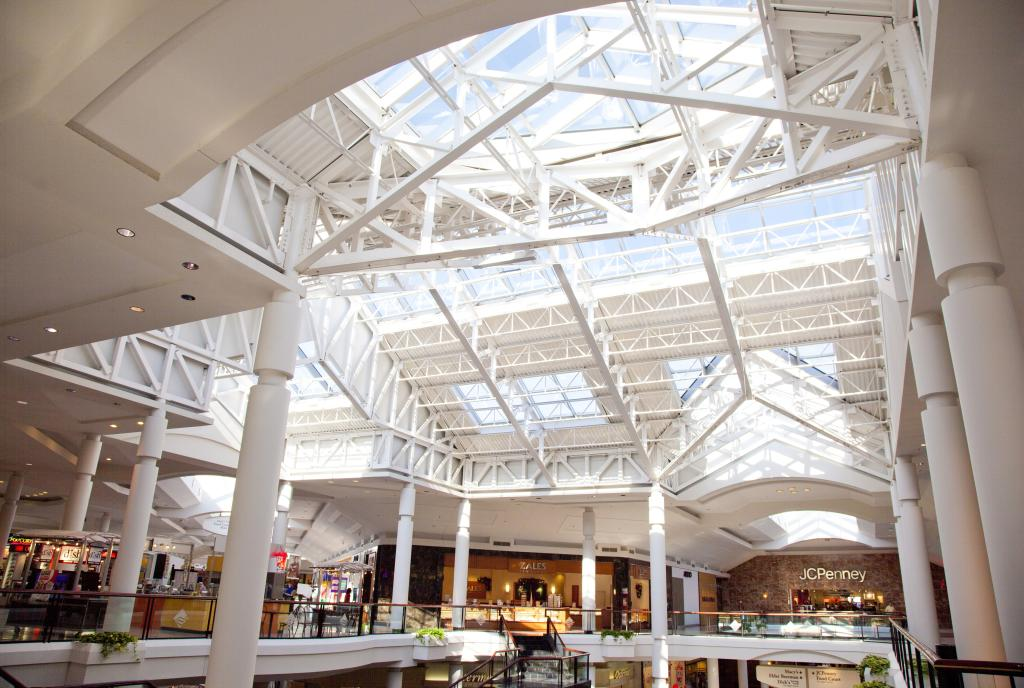 Mall at Fairfield Commons