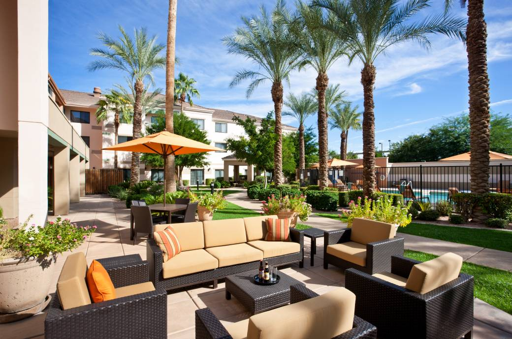 Courtyard by Marriott Phoenix - Chandler Courtyard