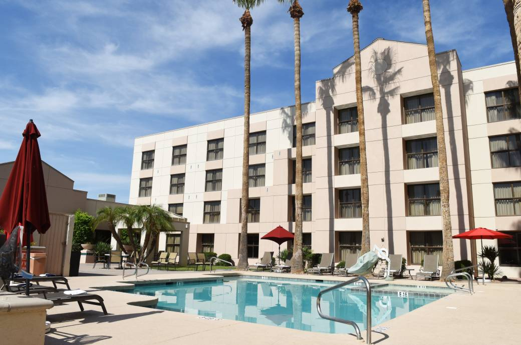 Chandler Southgate Hotel Pool