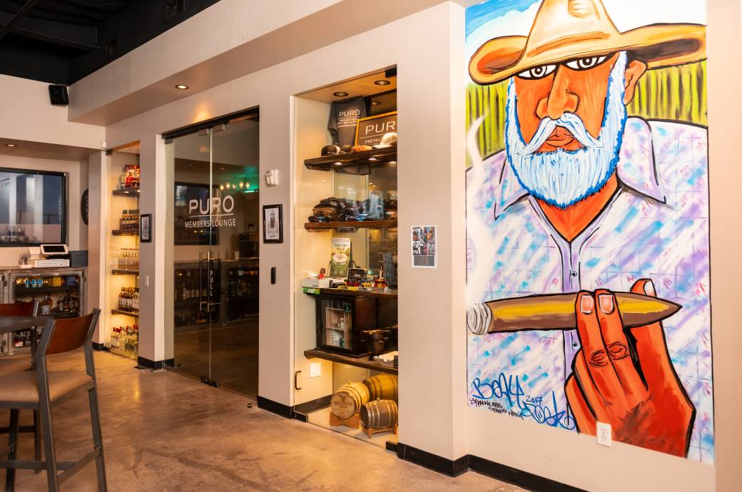 Puro Cigar Bar - Interior with Mural