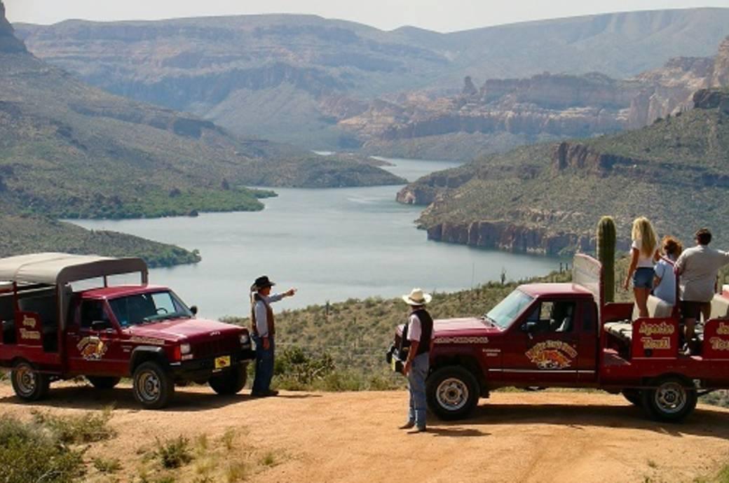 Apache Trail Jeep Tours