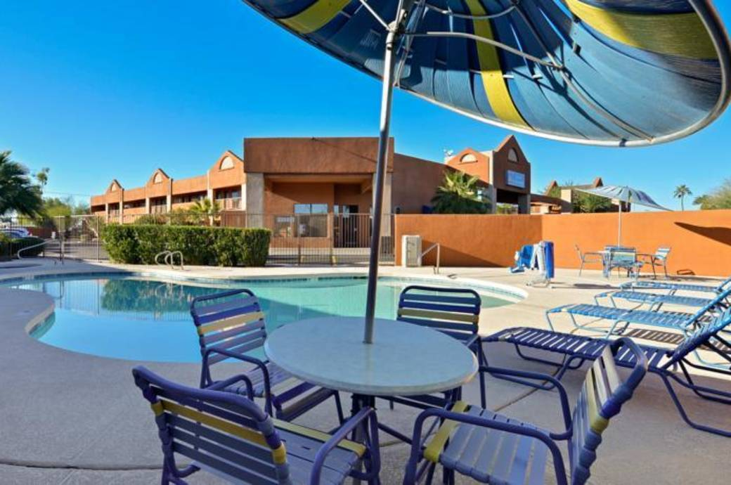 Pool at the Best Western Inn of Chandler