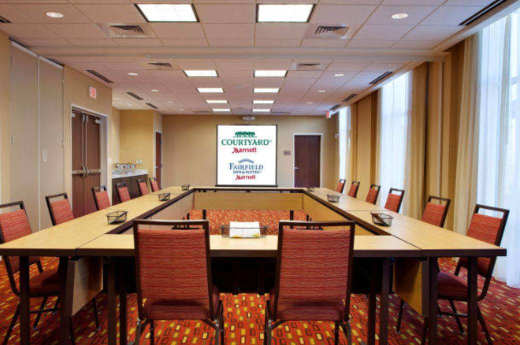 Courtyard by Marriott Chandler Fashion Center Meeting Room