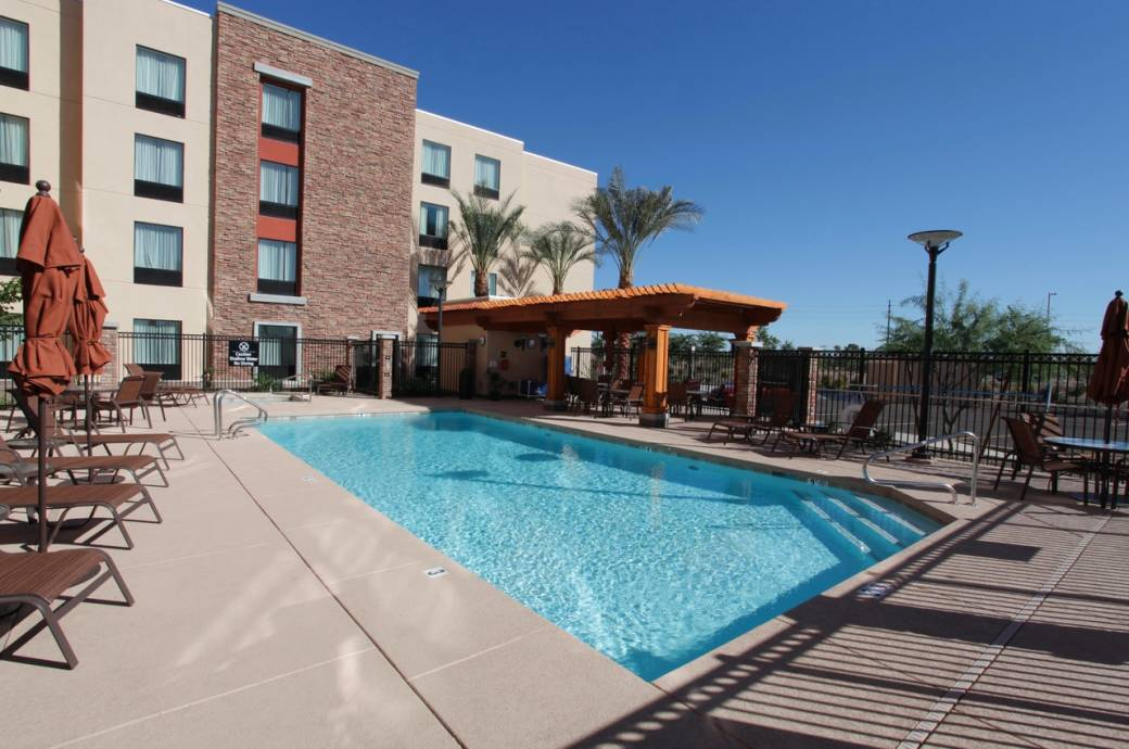 Hampton Inn & Suites by Hilton Phoenix Chandler Fashion Center Pool