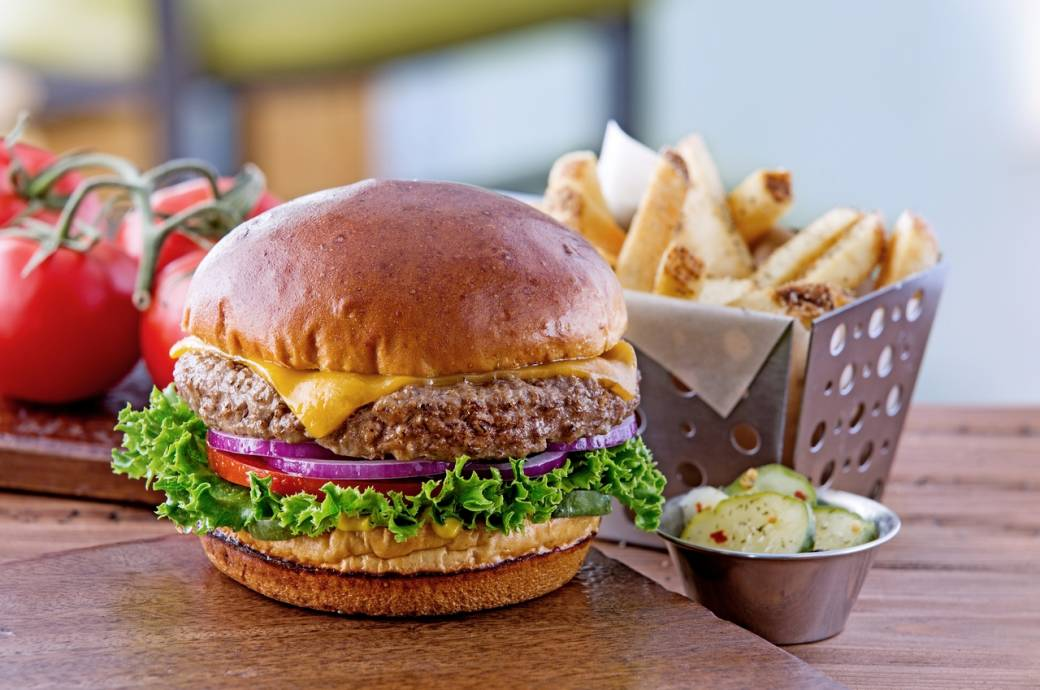 Chili's Bar and Grill Old Timer Burger