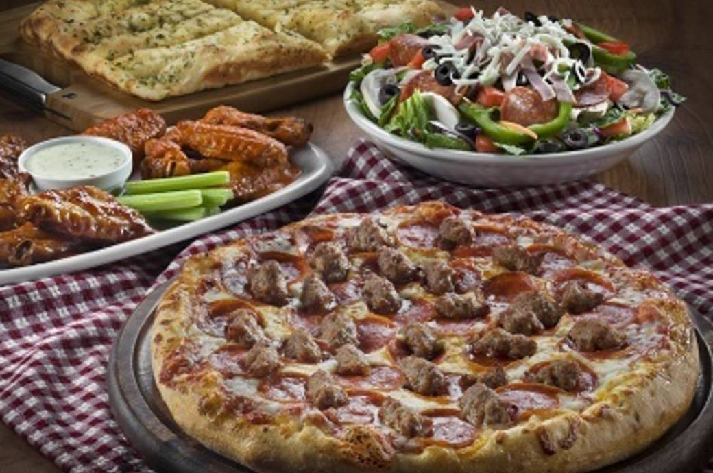 Barro's Pizza in Chandler, AZ award-winning pizza, pasta and salads