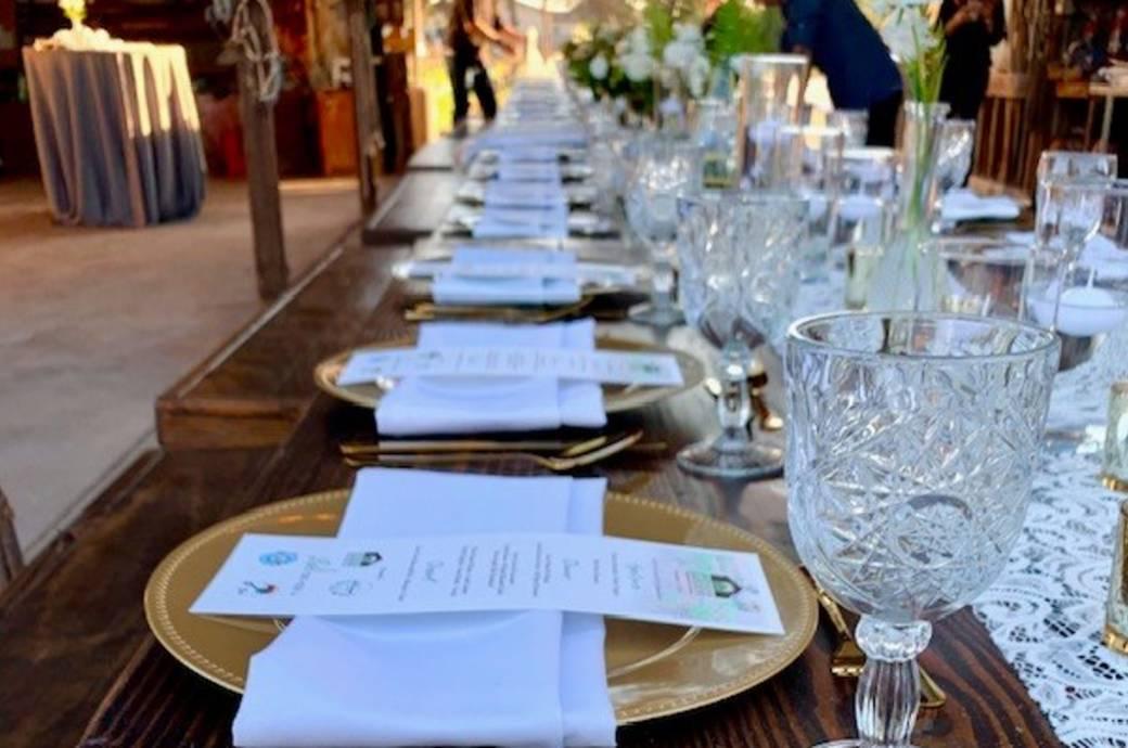 Greenhouse Gardens - Dinner Table