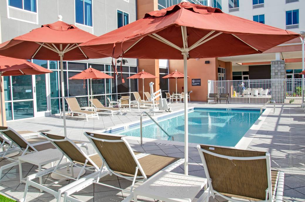 Hilton Garden Inn Downtown Chandler - Pool