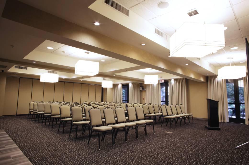 Holiday Inn Phoenix-Chandler Meeting Room