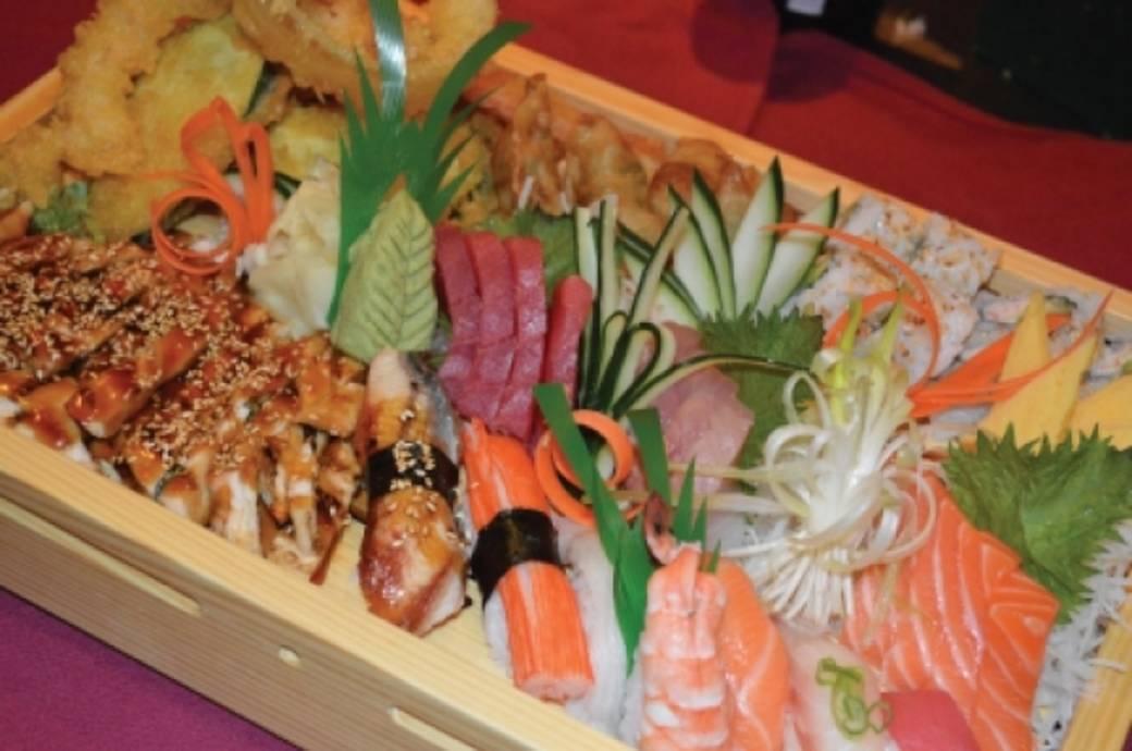 HonMachi Sushi & Teppanyaki Sushi Boat