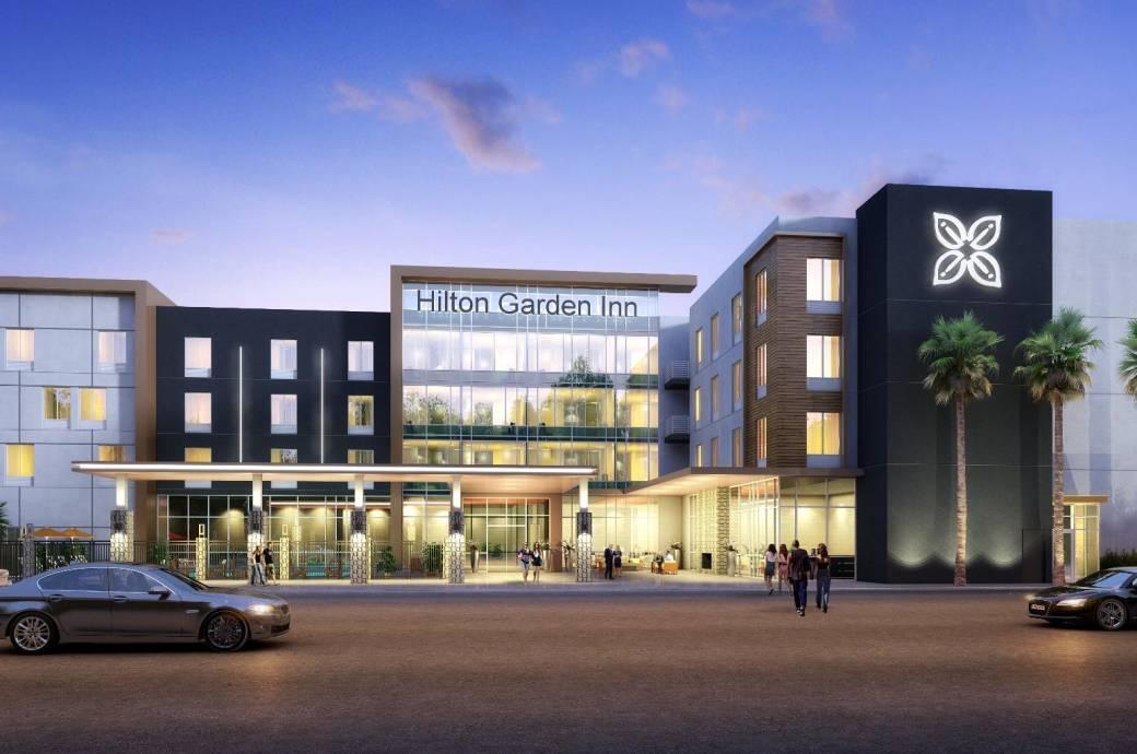 Chandler Hilton Garden Inn Exterior