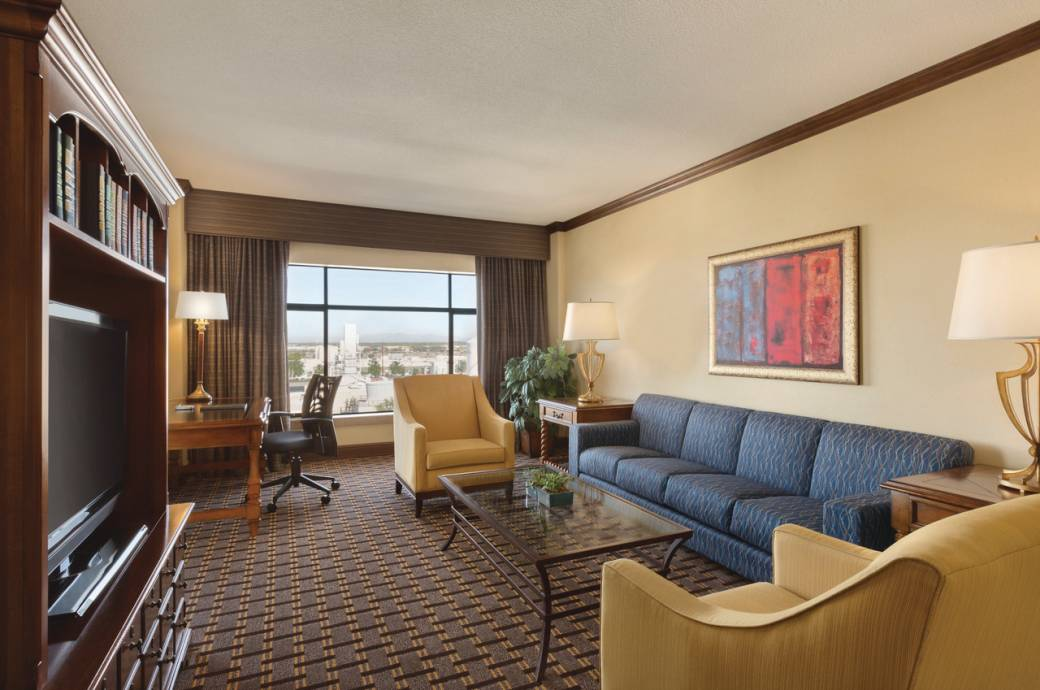 Hilton Phoenix Chandler Executive Suite