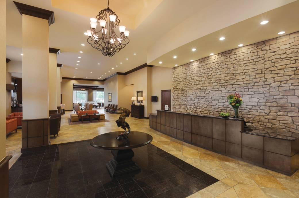 Hilton Phoenix Chandler Front Desk