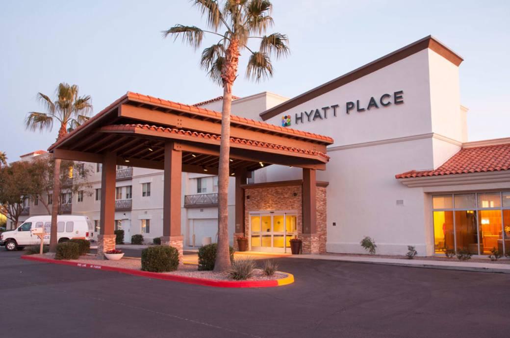 Hyatt Place Phoenix Chandler Fashion Center Exterior