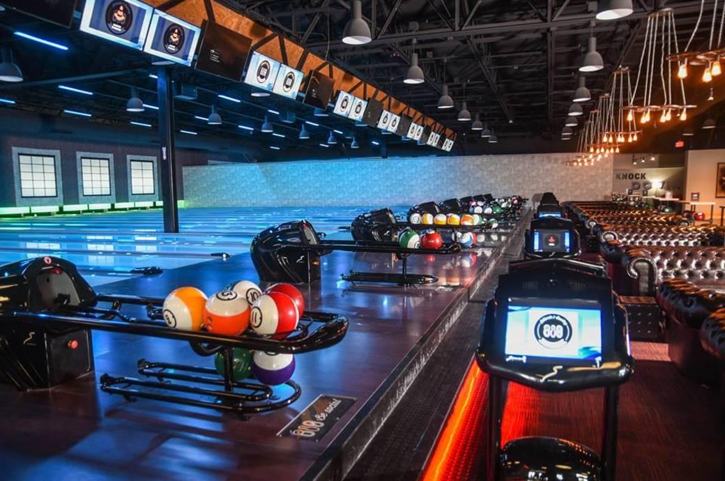 810 Billiards & Bowling - Chandler, bowling lanes