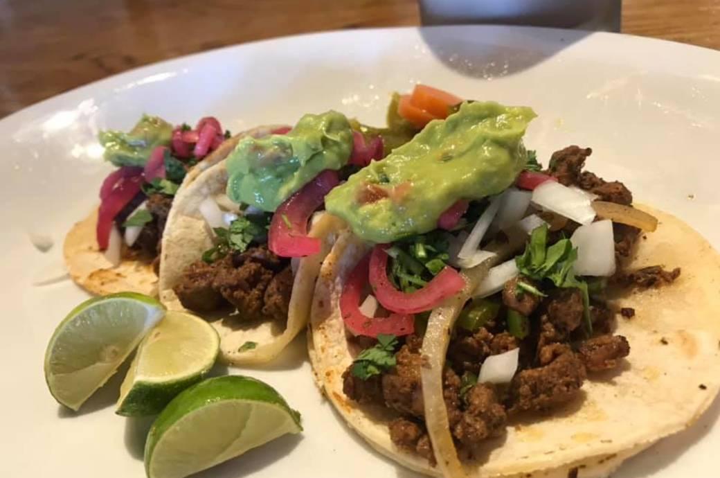 Maskadores Taco Shop #15 - Street-style tacos