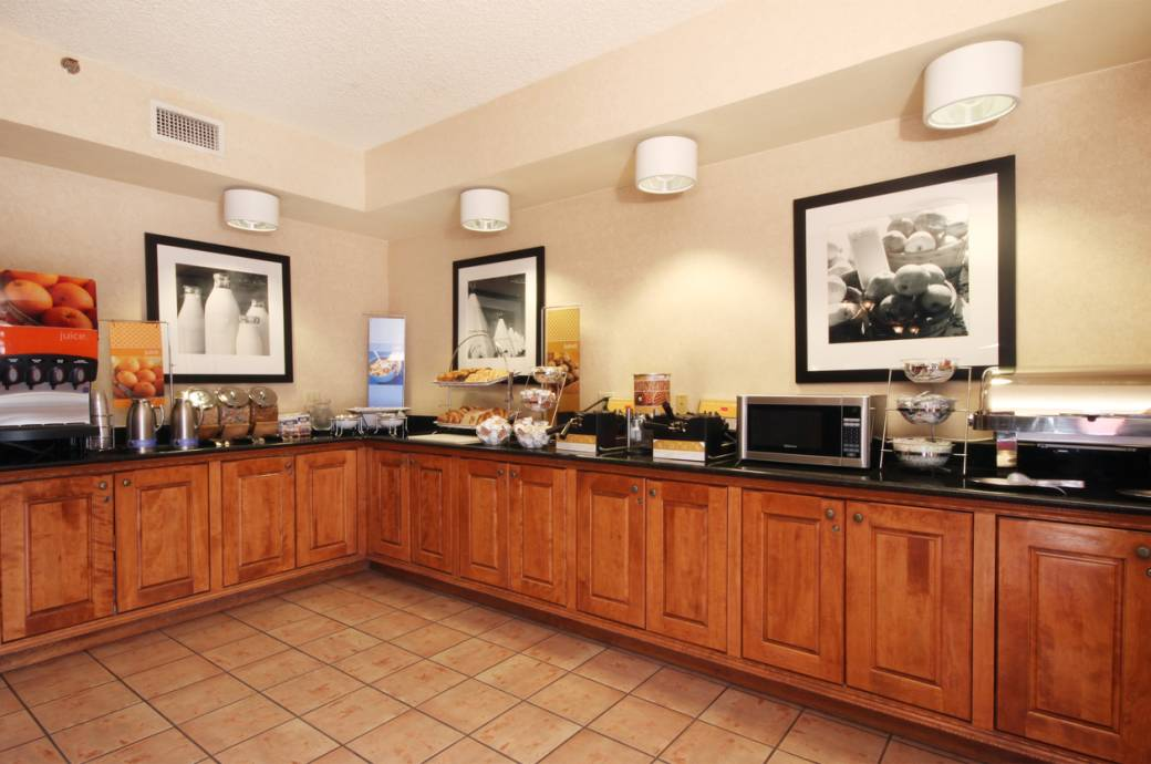 Hampton Inn by Hilton Phoenix/Chandler Breakfast Area
