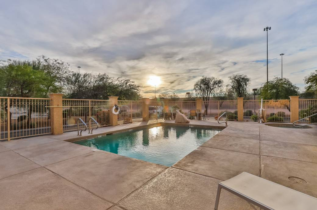 Country Inn & Suites by Radisson Chandler, AZ  - Pool