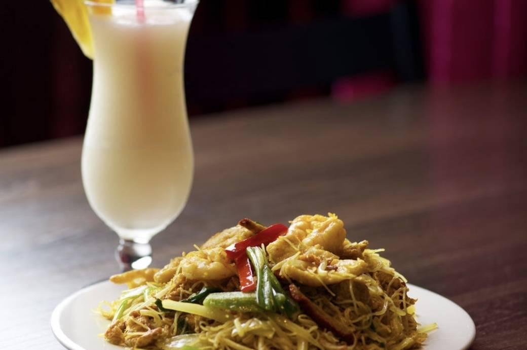 Singing Pandas Asian Cuisine - Singapore Noodles