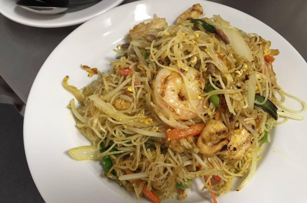 Singing Pandas Asian Restaurant & Bar Singapore Noodles