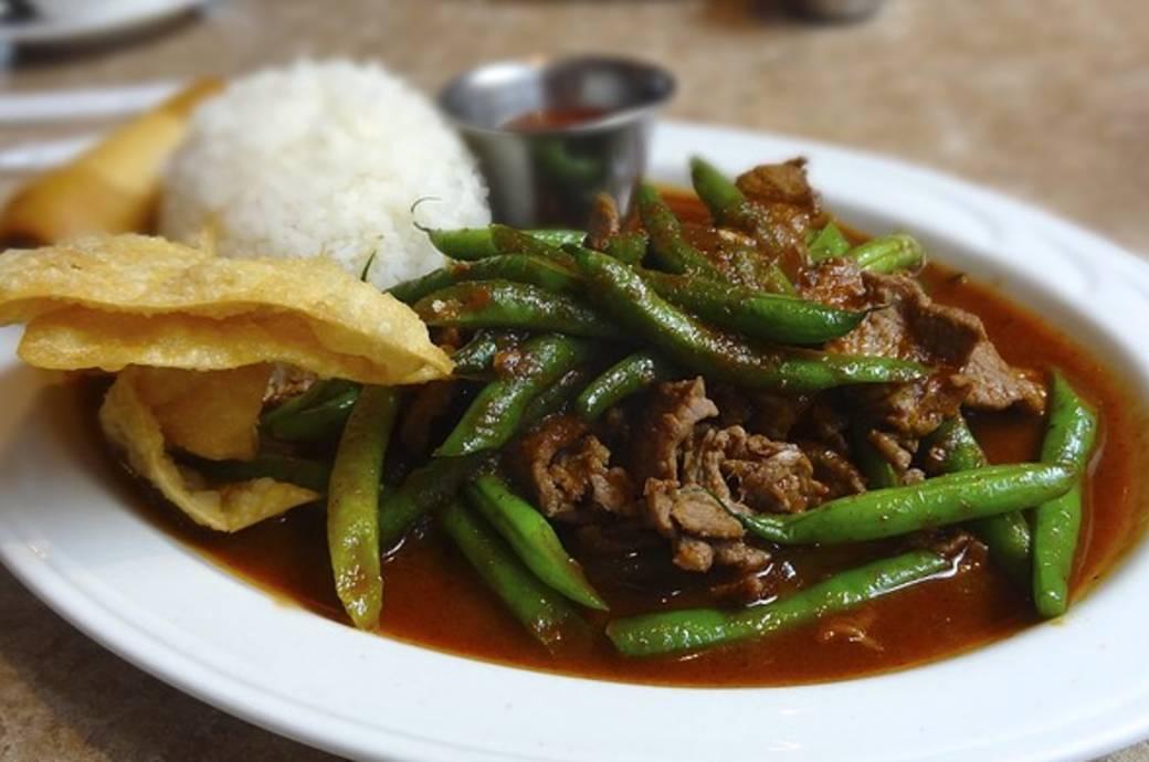 Thai Rama Phat Prik Khing Lunch Special