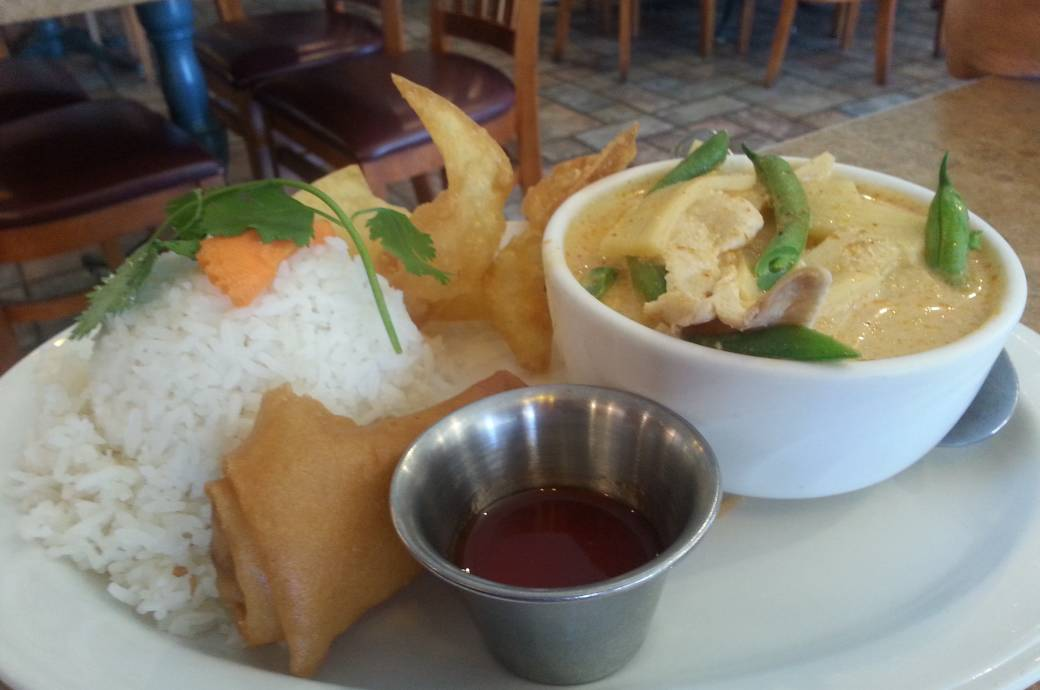 Thai Rama Red Curry Lunch Special