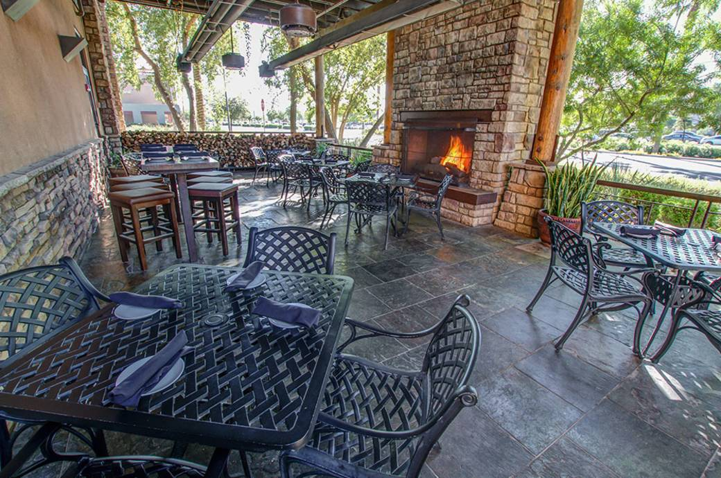 Firebirds Wood Fired Grill - Patio