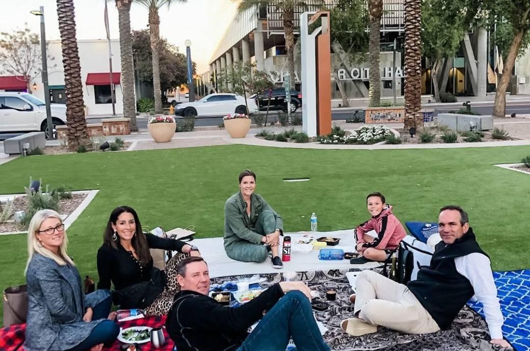 New Square Chandler - grassy lawn picnic