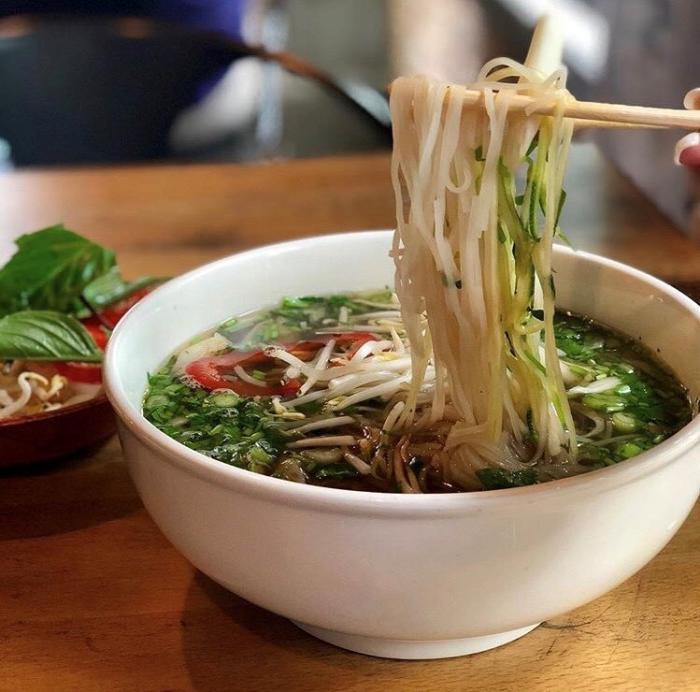 Les Noodle Pho