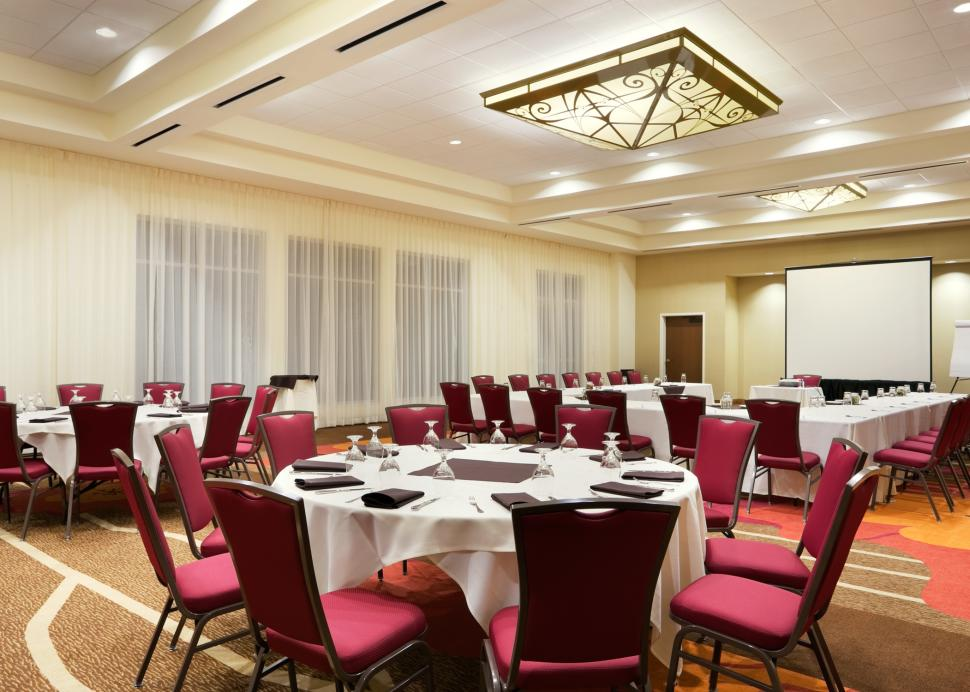 Vineyard Ballroom Meeting Space