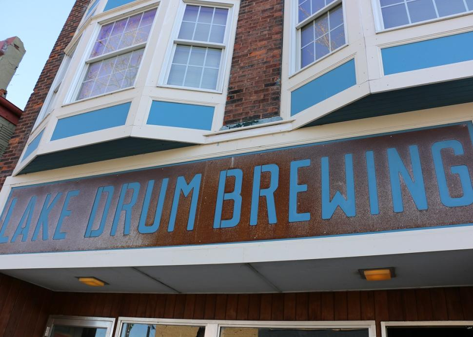 lake-drum-brewing-victor-exterior