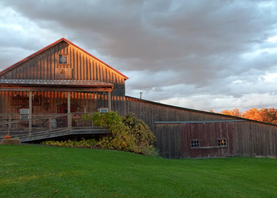 Exterior of the Lacey Magruder Vineyard and Winery