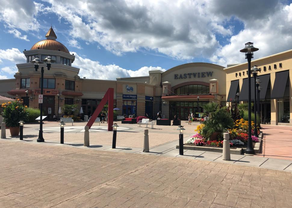 Front entrance to Eastview Mall in the Summer (2)