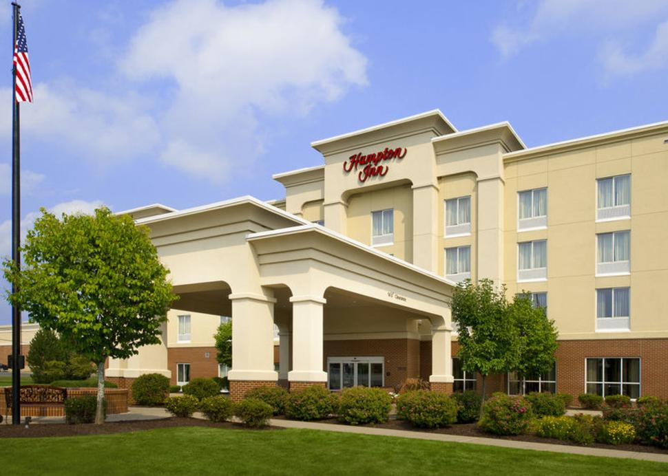 Hampton Inn Syracuse Clay Exterior