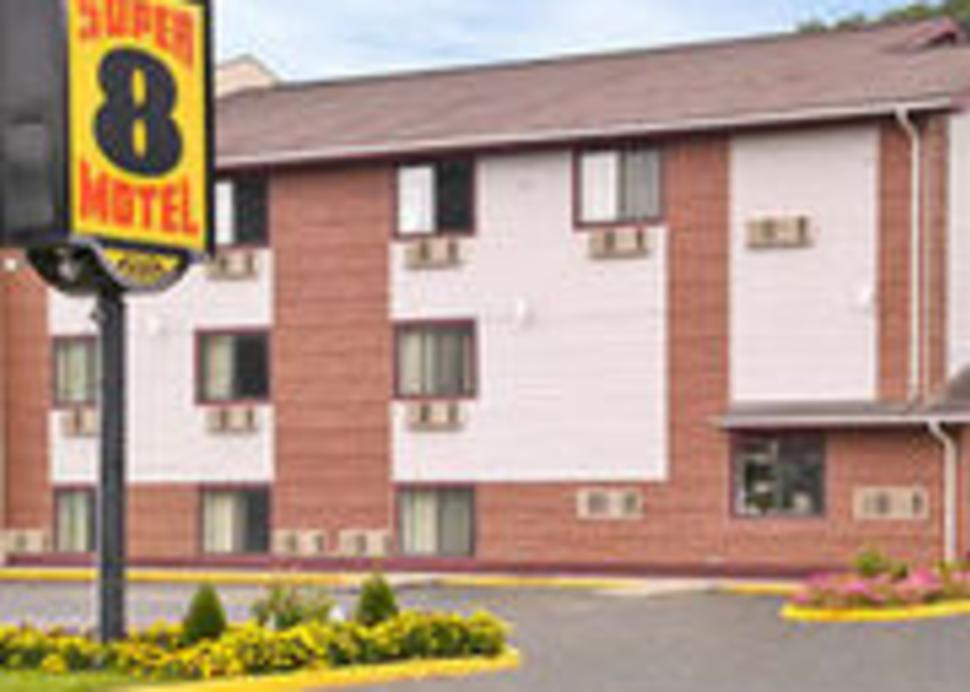 Bath Super 8 Motel